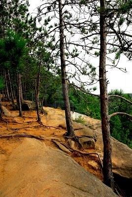 RustyCliffs.jpg